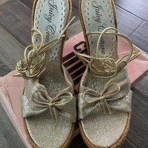JUICY COUTURE Silver Espadrille Sandals Wedges